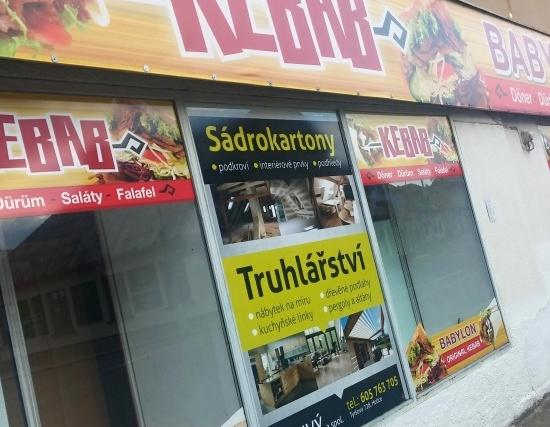 Polep prodejny, výloh - Kebab, Truhlářství